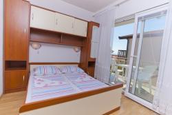 Room / Zimmer / Soba 4