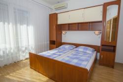 Room / Zimmer / Soba 2